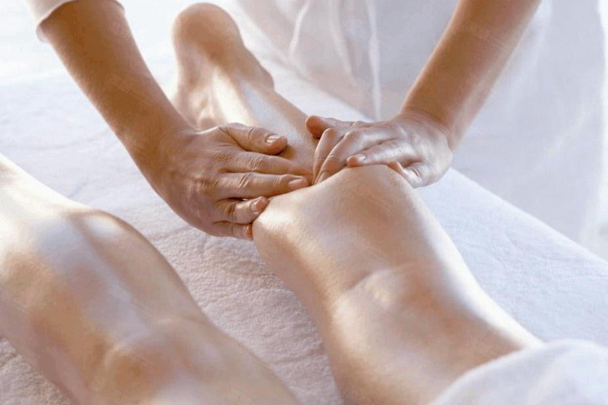Лимфодренаж коленного сустава болит тазобедренный сустав перед дождем